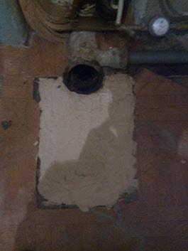 фото заливка дыры под унитазом